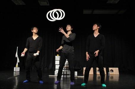 ( C ) Juggling Unit ピントクル・関西ジャグリング協会 http://jugglingdayinfall.jimdo.com/共催団体/