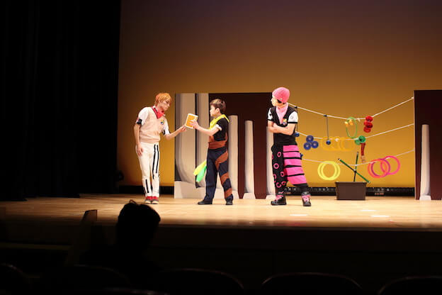 ( C ) ジャグリング ストーリー プロジェクト http://juggling-story-project.com/pic.html